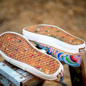 Zapatillas Ua Authentic Sf (Chris Johanson) Swirl/Antique White