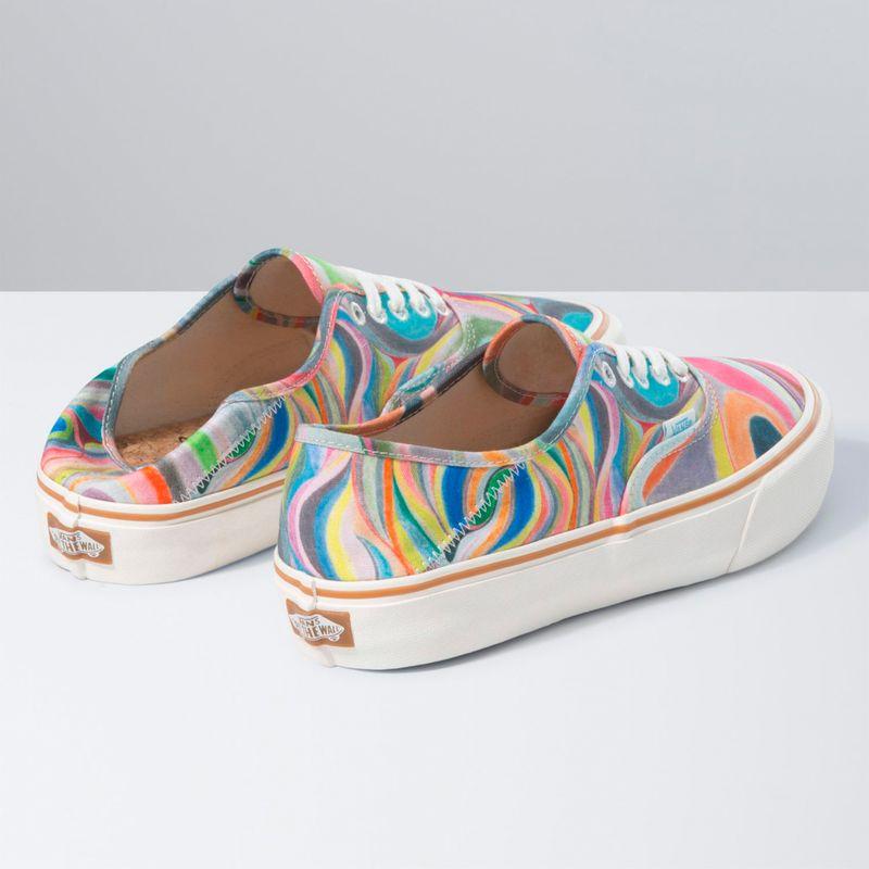Zapatillas-Ua-Authentic-Sf--Chris-Johanson--Swirl-Antique-White